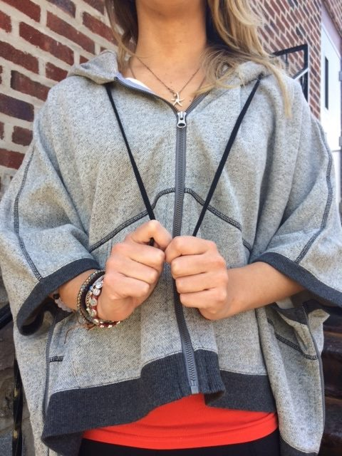 lululemon-in-the-loop-poncho
