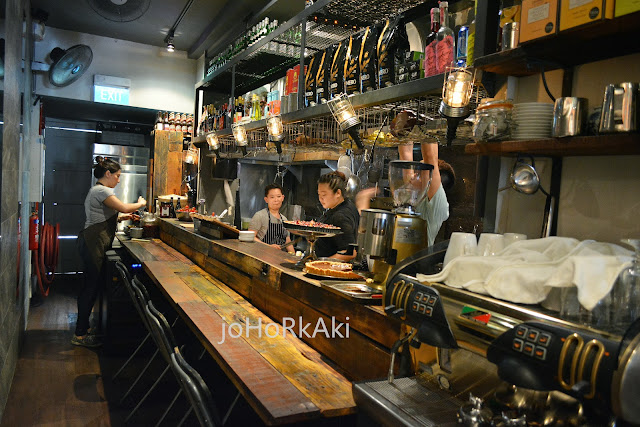 Moosehead-Kitchen-Bar-Singapore-Telok-Ayer