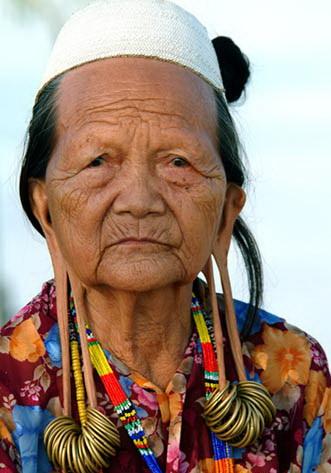 Mengenal Suku Dayak Pulau Kalimantan