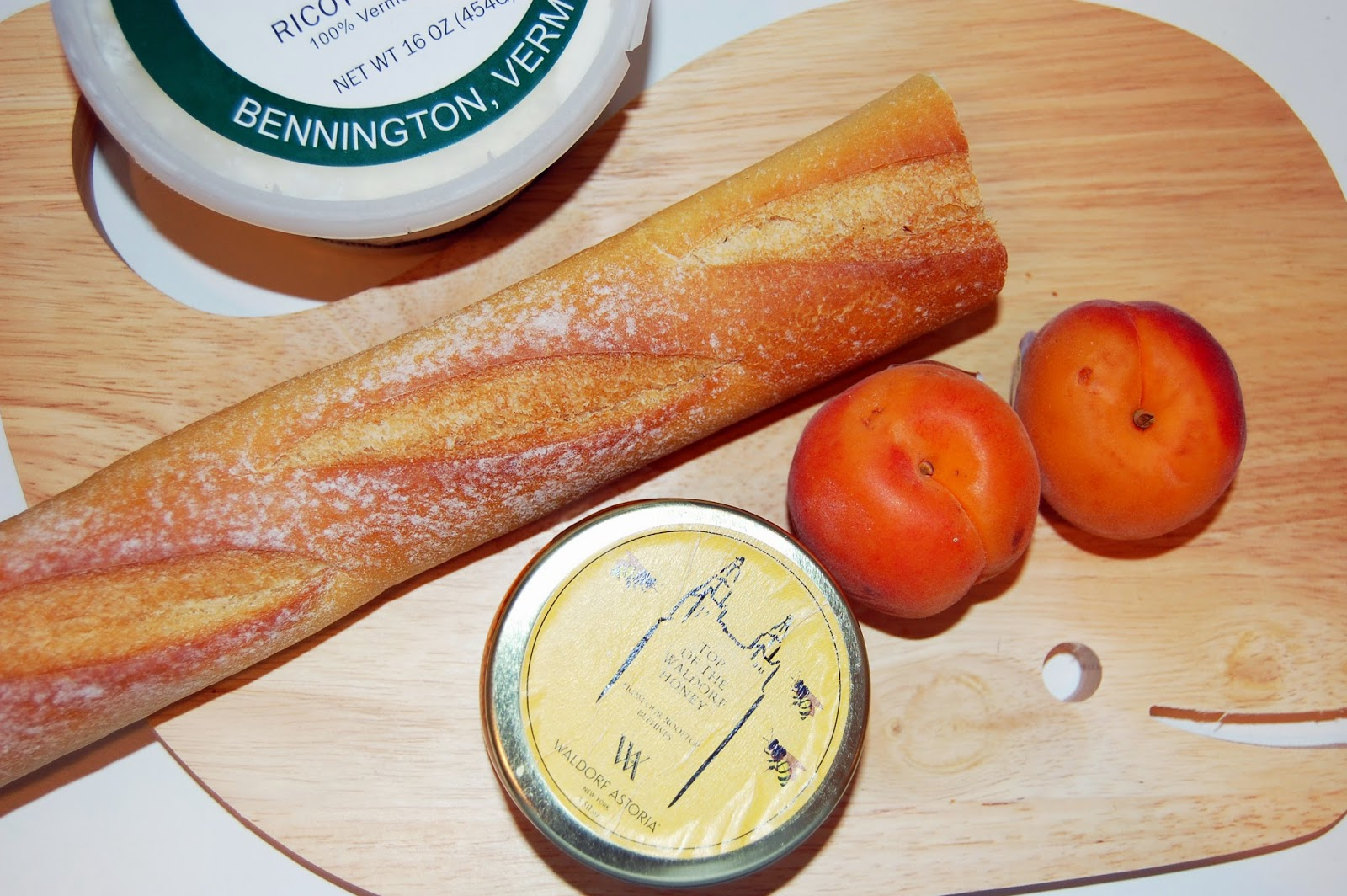 College Prep: Apricot and Honey Crostini