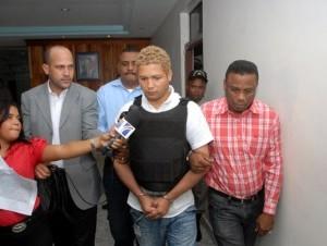 Se llevan a Panamá supuesto asesino de chinos