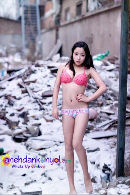 Kesedihan Foto Model Dibalik Pemotretan | Topik Terbaru
