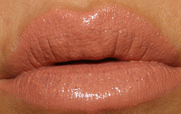 MAC Shy Girl Lipstick - Review | The Sunday Girl