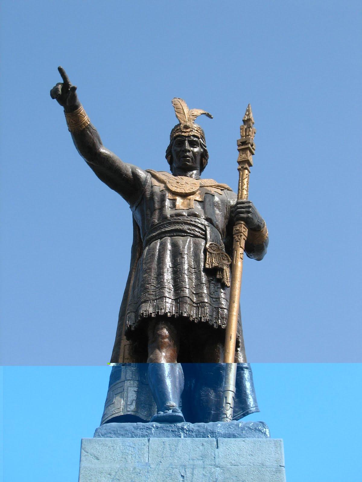 Estatua de Manco Cápac en el centro de Lima