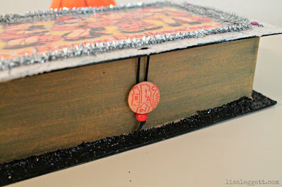 Vintage Insprired Halloween Keepsake Box - button closure