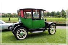 mobil listrik pertama