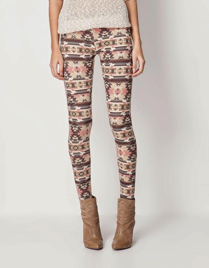 http://outfitdeldia.blogspot.com/2014/05/combina-tus-leggings-tribales-con.html