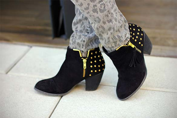 ShoeDazzle Ronnie Black studded booties