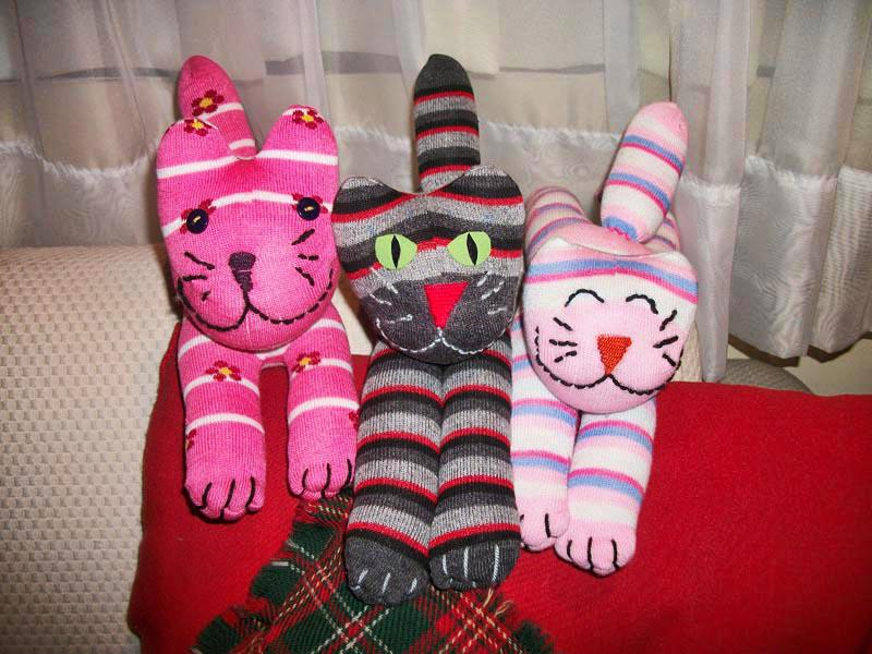 Miss basuritas mu ecos hechos con calcetines y guantes for Munecos con calcetines