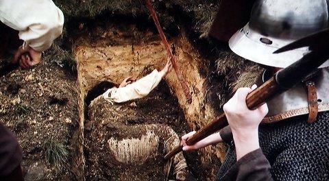 Buried alive execution ile ilgili görsel sonucu