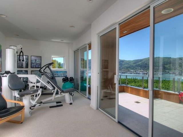 Photo of private gym in the basement