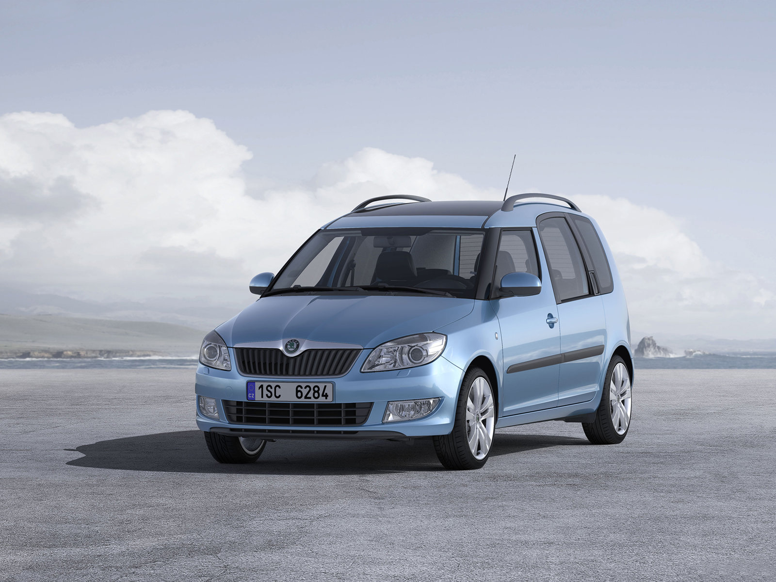 2011 skoda roomster scout xxi century cars. Black Bedroom Furniture Sets. Home Design Ideas