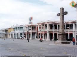 Plaza de la Independencia y Cruz del Siglo