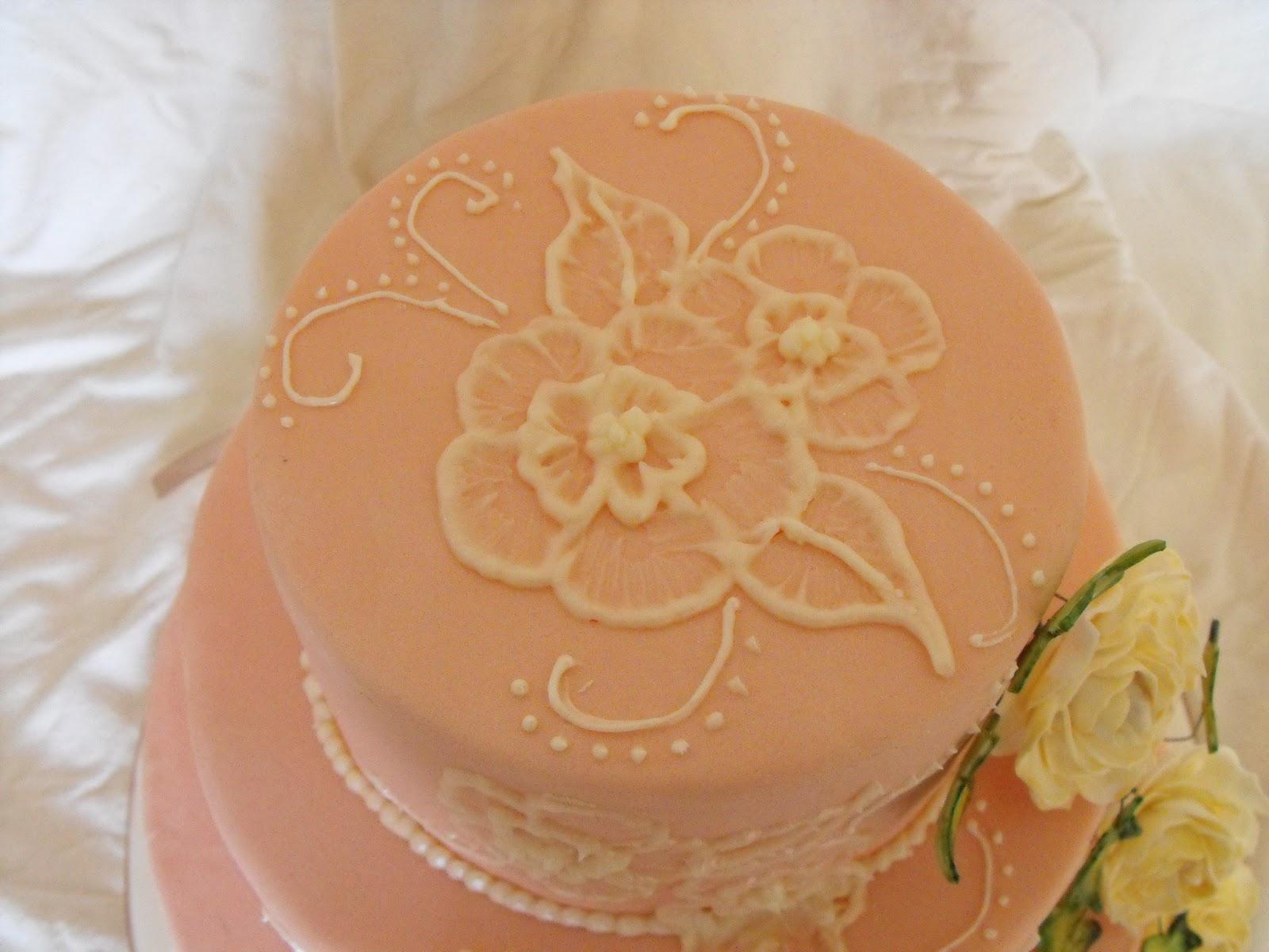 Caroline s Cake Craft Vintage Style Wedding Cake