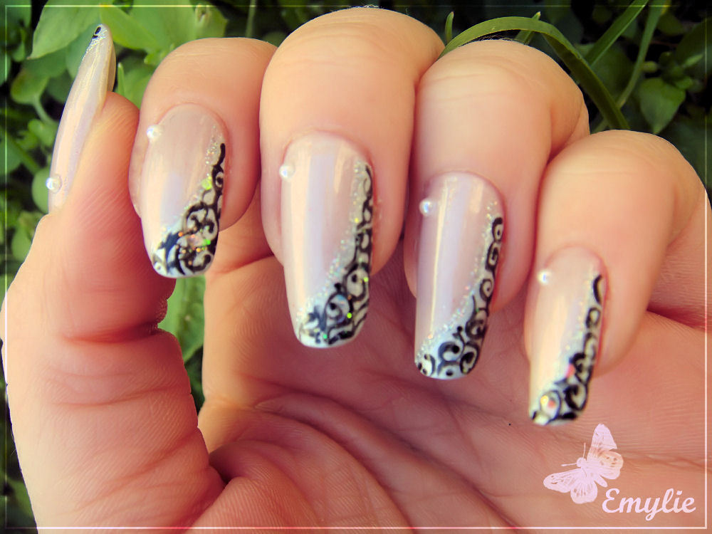 Nail art: Nail art designs on natural nail by Emy