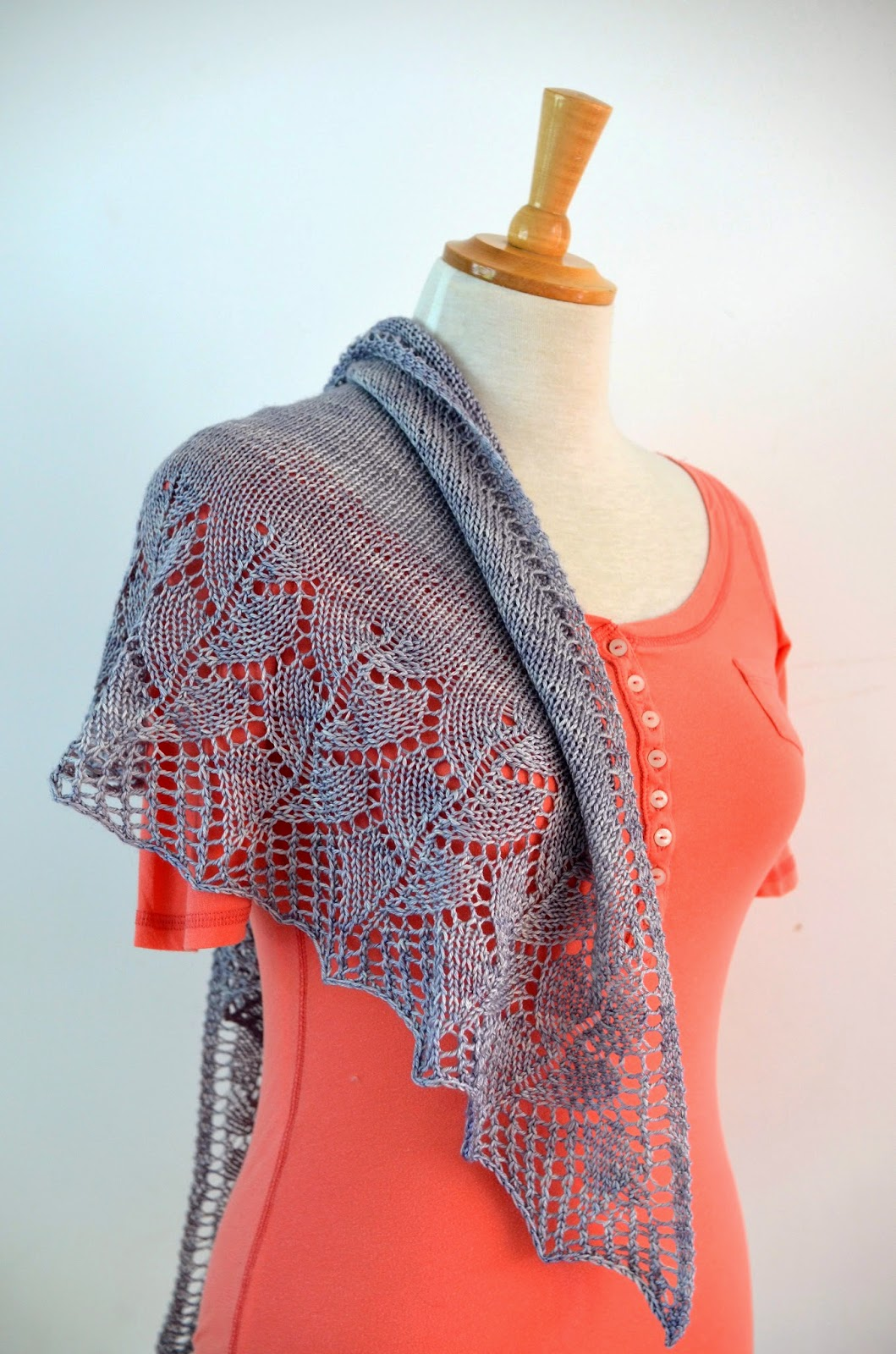 Cove Bay lace shawl pattern by Katya Frankel