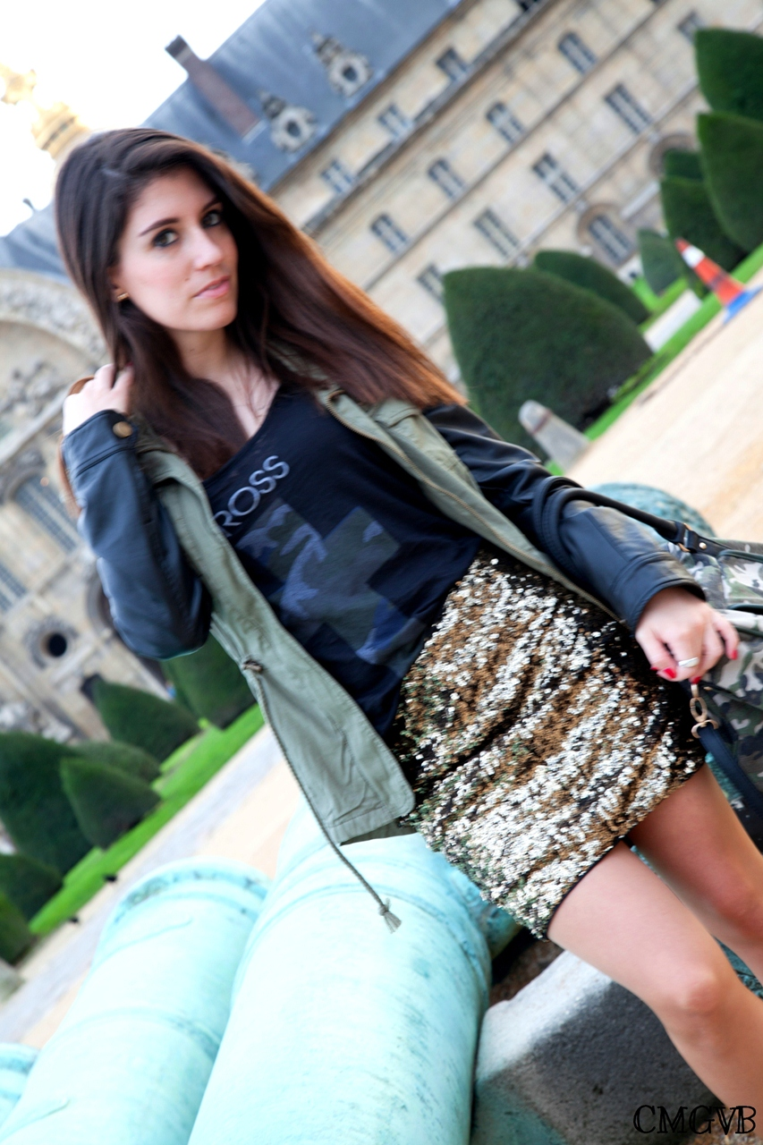 diana dazzling,fashion blogger, fashion blog,cmgvb, como me gusta vivir bien,dazzling, military chic,military outfit,military fashion, Paris,Les Invalides,leather sleeves jacket,golden sequin skirt