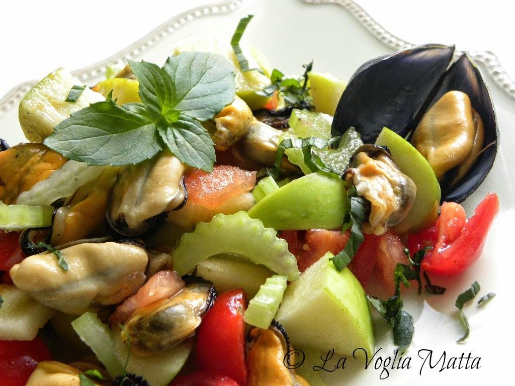 insalata croccante di cozze sedano e mele