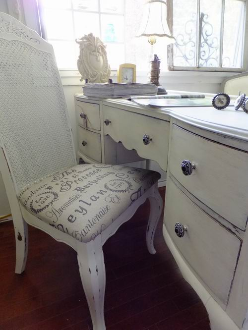 4 the love of wood shabby chic office furniture. Black Bedroom Furniture Sets. Home Design Ideas
