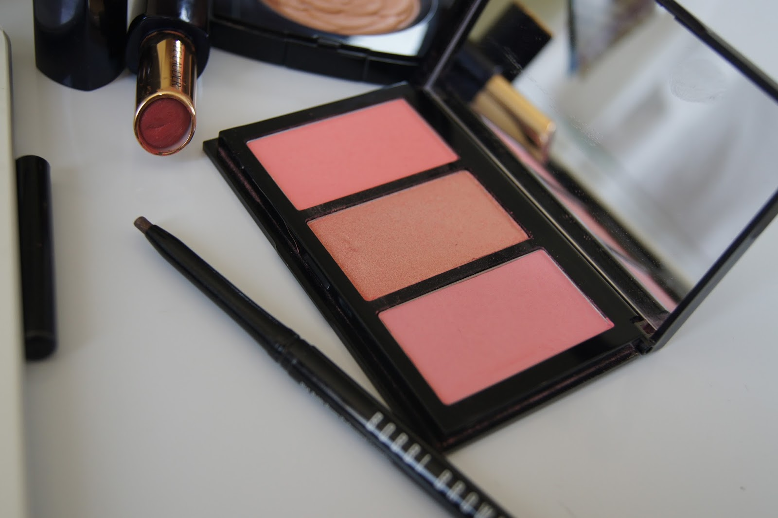 Bobbi Brown Calypso blush palette