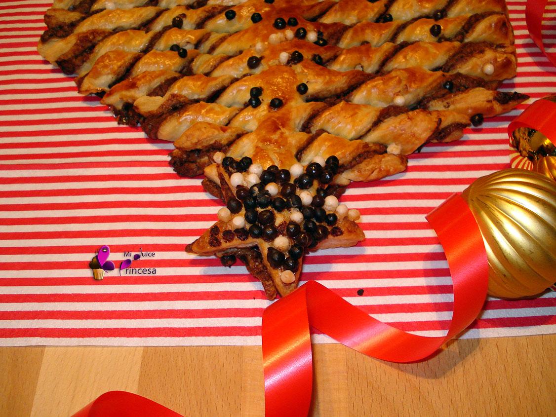 hojaldre, árbol, árbol de hojaldre, chocolate, crema de cacao y avellanas, hojaldre con chocolate, hojaldre con crema de cacao y avellanas