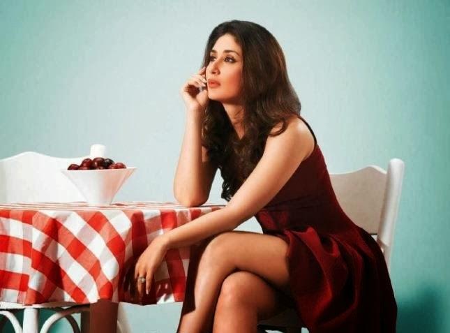 Kareena Kapoor hot thunder thighs exposed while sitting