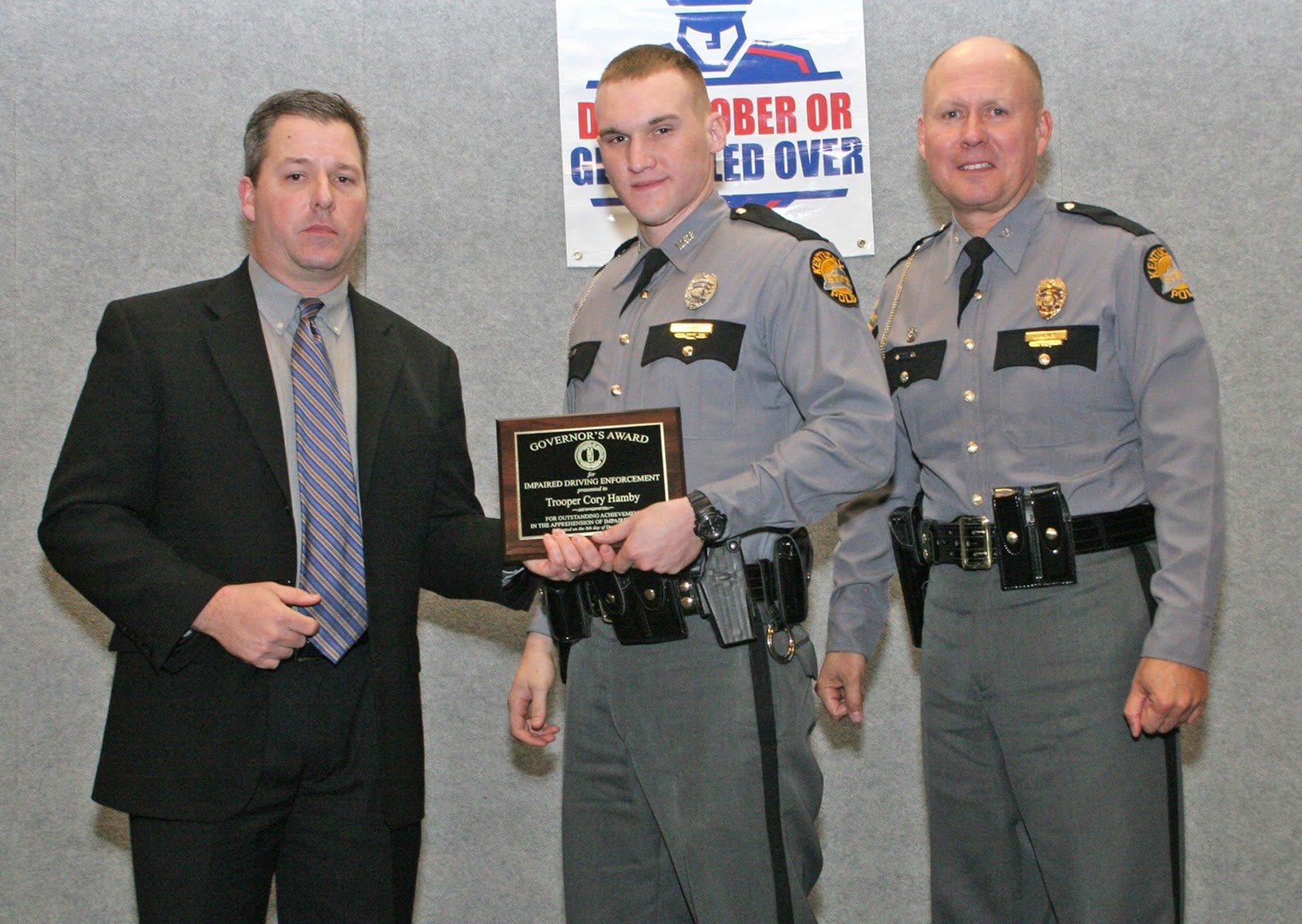 John ridley bowling green kentucky - Pictured With Trooper Hamby Center Is Kentucky Office Of Highway Safety Director Bill Bell Left And Kentucky State Police Commissioner Rodney Brewer