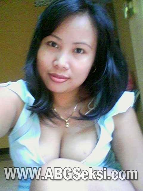 Anya Masih SMP Jilboobs Bugil Pic 29 of 35