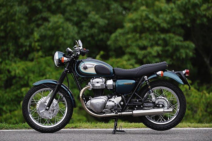 Racing Caf U00e8  Kawasaki W800 Special Custom By Pleasure