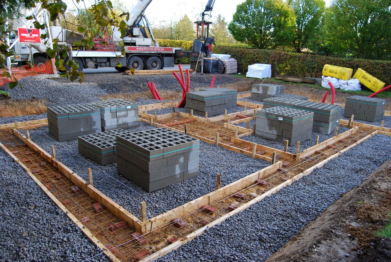 Cout d 39 une fondation b ton for Cout construction piscine beton