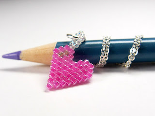 Beaded Heart by Bead Crumbs