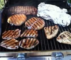 OMS afirma que carnes industrializadas são cancerígenas