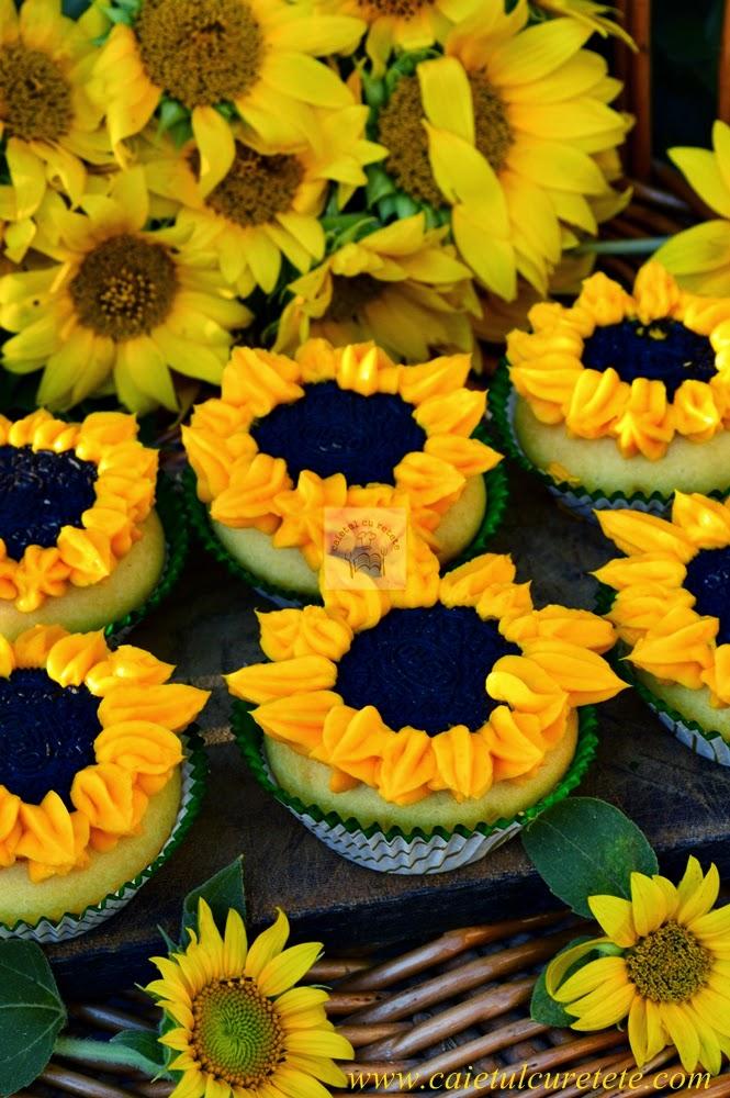 http://www.caietulcuretete.com/2014/10/briose-floarea-soarelui.html