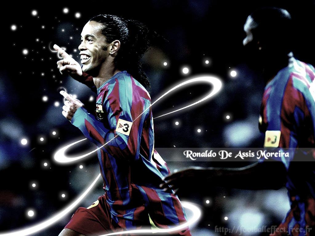 http://4.bp.blogspot.com/-VWrhzq-L2bw/TtaCF8PQbrI/AAAAAAAAABo/wJAbm-0OCag/s1600/ronaldinho_barcelona.jpg