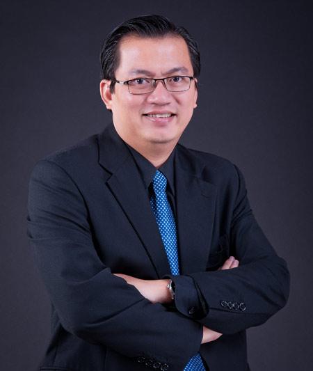 Tác giả Nguyễn Tuấn Quỳnh