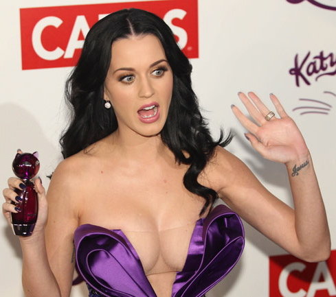 Thats Actually The Look Katy Would Have If She Woke Up Next To Me Lol Well Its Sunday And Like Every Sunday I Invite My Good Friend Jeff To The Phile