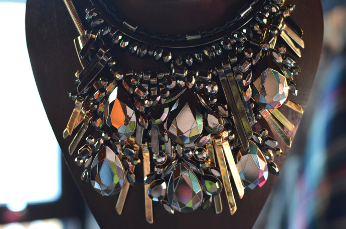 dorothy-perkins-statement-necklace