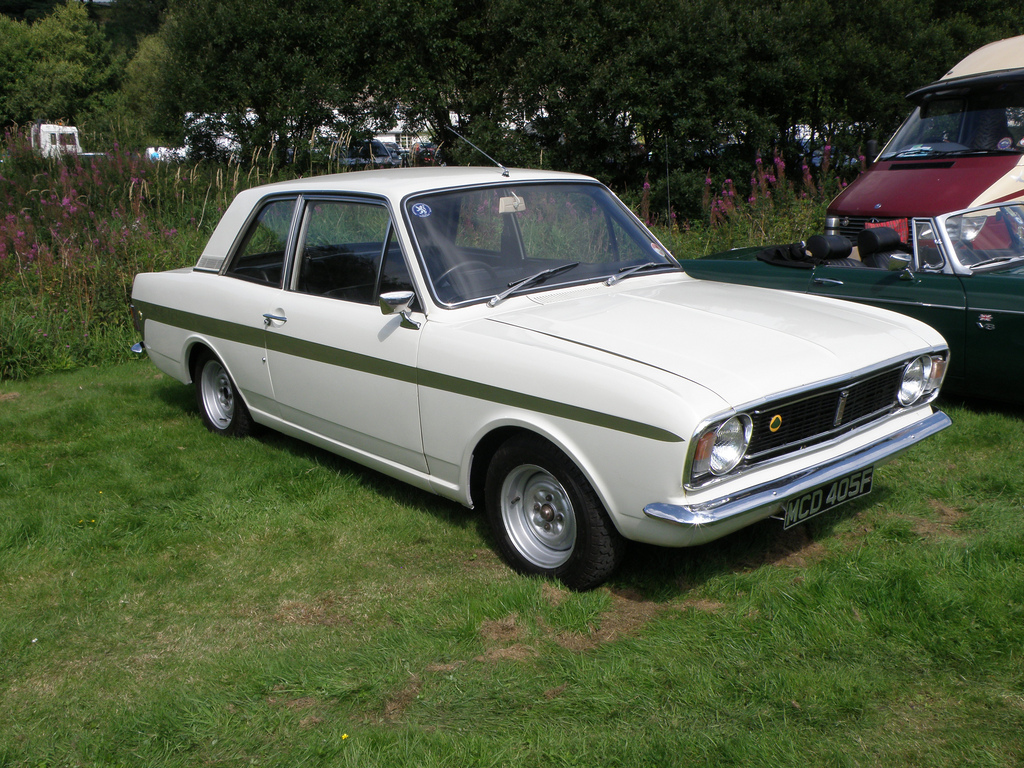 avengers in time 1966 cars ford cortina mk ii. Black Bedroom Furniture Sets. Home Design Ideas