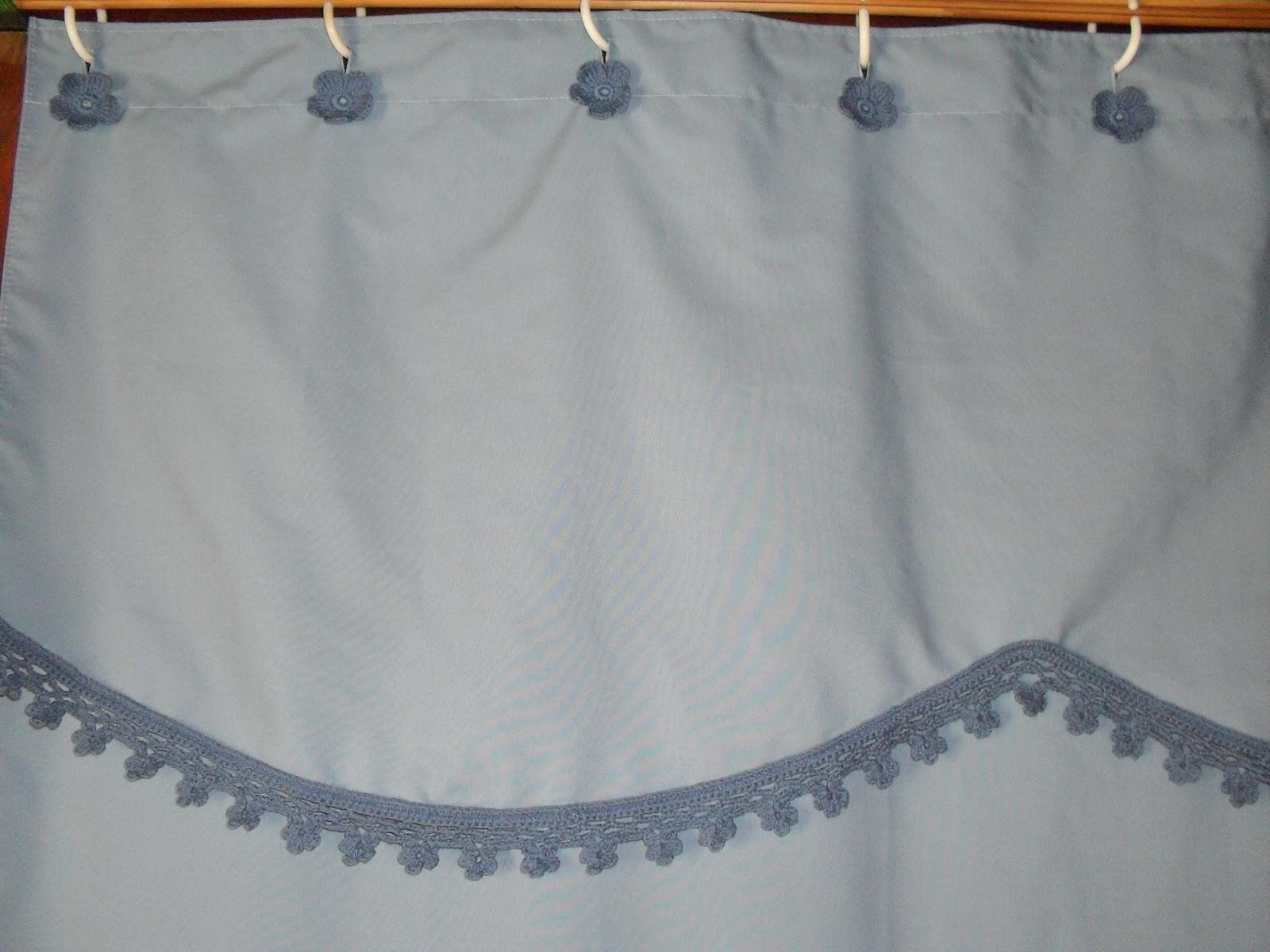 Vivicrochet visillos caminos de mesa carpetas for Accesorios para cortinas de bano