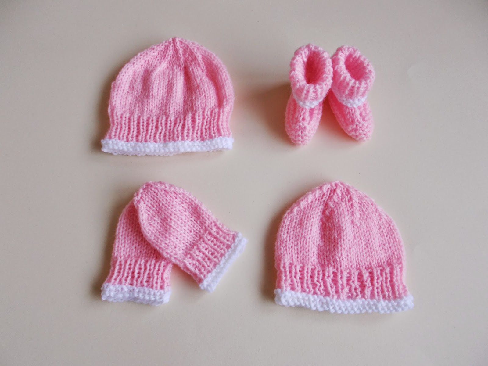 Knitting Pattern For Baby Hat And Mittens : mariannas lazy daisy days: Premature & Newborn Baby Hat, Mittens &am...