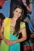 Nazia hussain latest glam pics-thumbnail-12