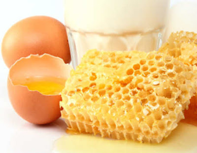 Egg and Honey Hair Mask - To Cure Split Ends