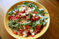 http://foodiefelisha.blogspot.com/2012/09/two-tomato-pasta-with-mozzarella-basil.html