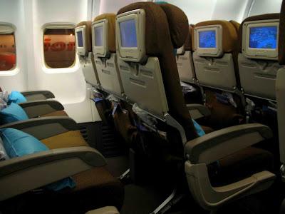 hiburan di pesawat Garuda