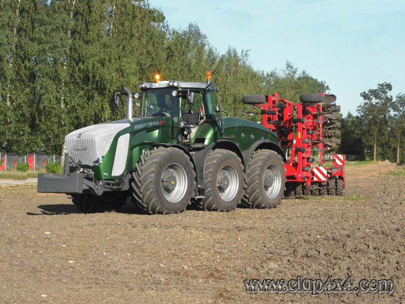 challenger tractor with Fendt Trisix on 17247 Ferguson Tractor likewise Golden N174 Celebrates Golden Tractor For Design 2016 Award 4416 together with Watch also Farming Simulator 17 Collectors Edition For Pc moreover Challenger Tractor.