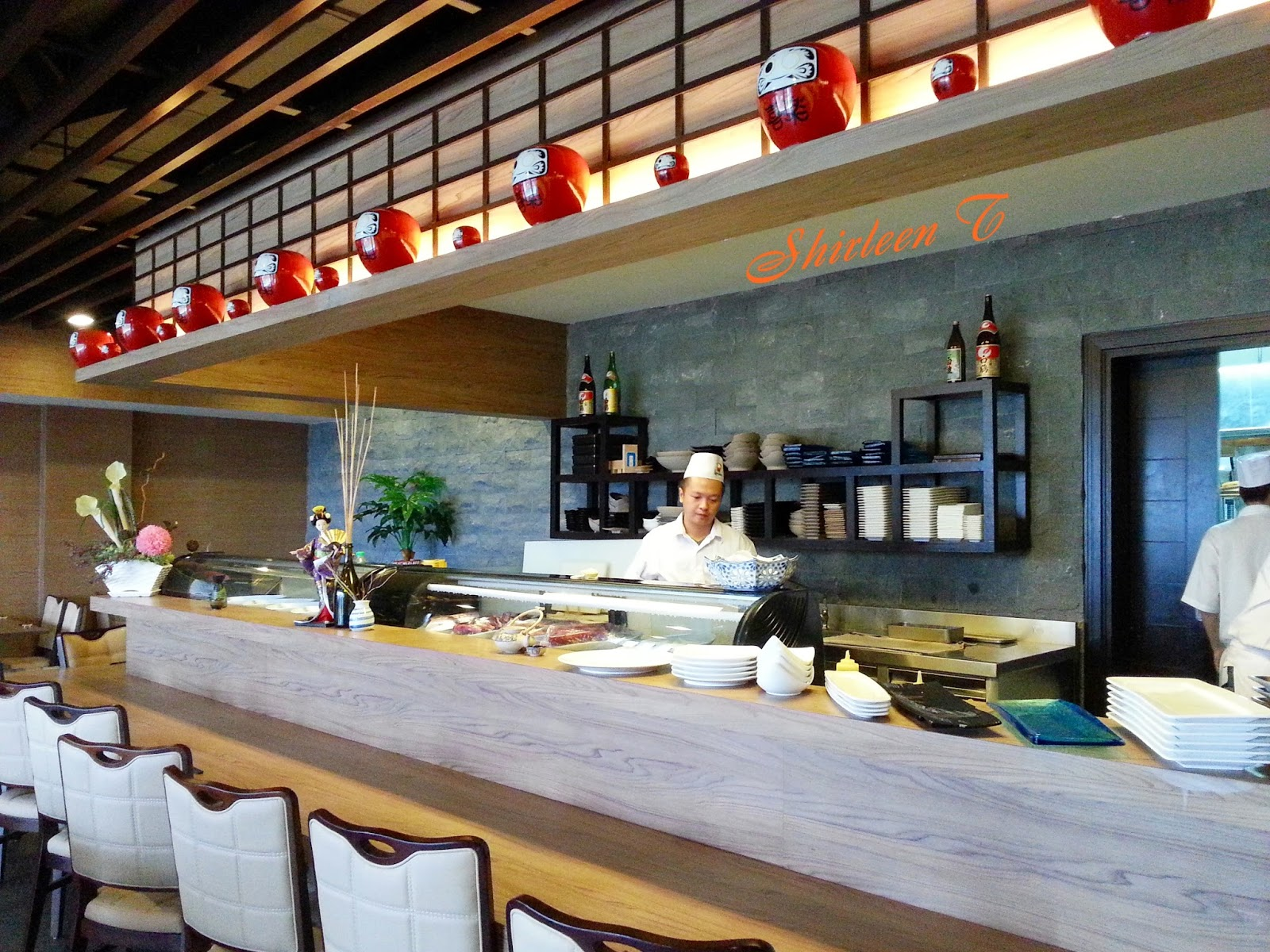 essay japanese restaurant The 31 best sushi restaurants in america  masa miyake has spent more than a decade presiding over the premier japanese restaurant in the east coast's favorite portland, establishing it as a.