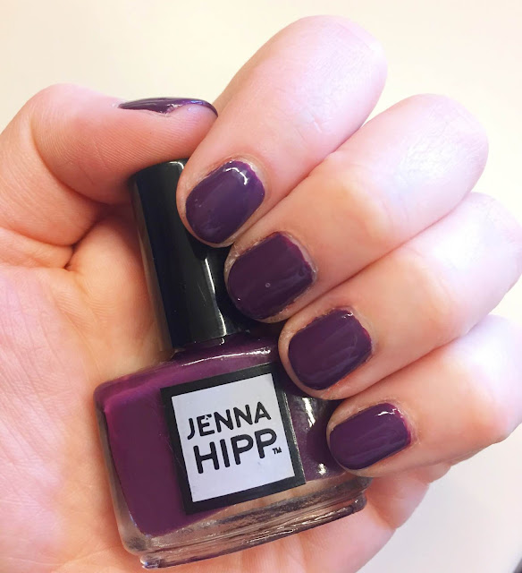 Jenna Hipp, Jenna Hipp Wine Me Dine Me, Jenna Hipp What's Hot Now Spring Nail Polish Collection, nails, nail polish, nail lacquer, nail varnish, manicure, #ManiMonday, Mani Monday