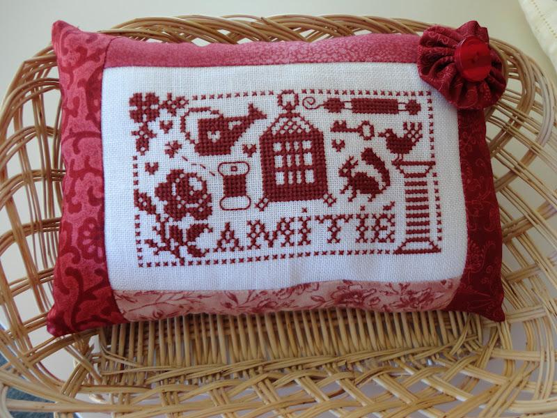 A kiwi stitching jardin prive pillow for Jardin prive