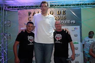 Homem mais alto do Brasil fará parte do elenco da Paixão de Cristo 2016 em Cuité