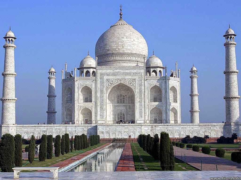 the symbol of love Tajmahal agra pictures and wallpapers